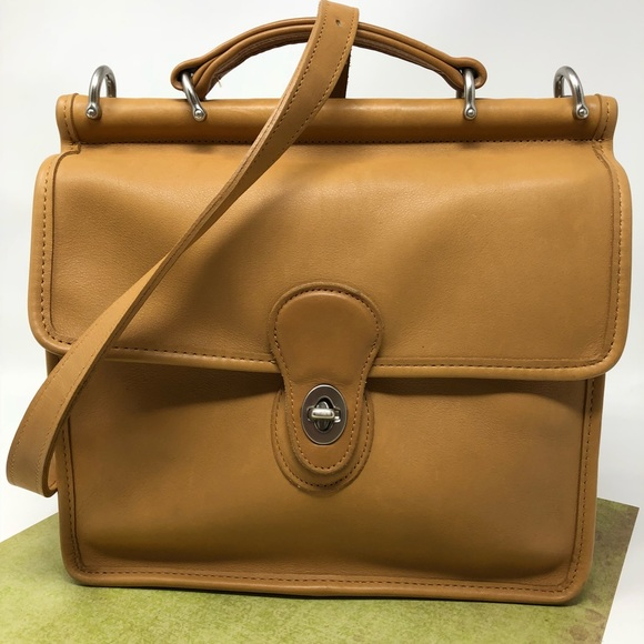 b476b4c608 Coach Handbags - Coach Vintage Willis Station Bag British Tan 9927